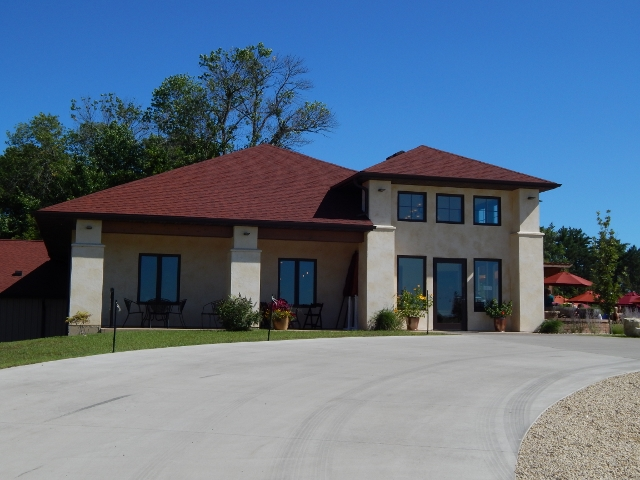 Elmaro winery in Trempeleau, Wisconsin
